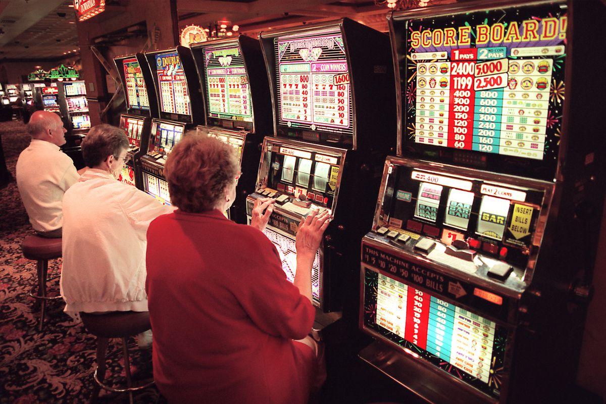 Город играть в казино скачать на флэшку игровые аппараты
