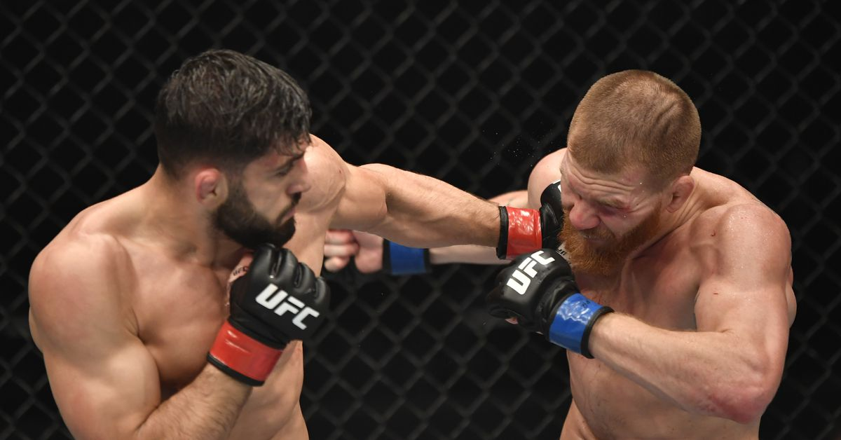 UFC 257 prelims on ESPN land at No. 1 for all cable programming on Saturday thumbnail