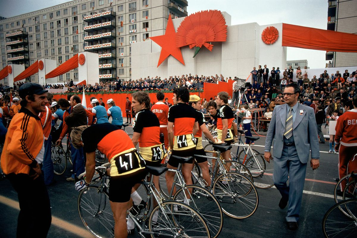 The 1974 Peace Race, photographed by Thomas Hoepker