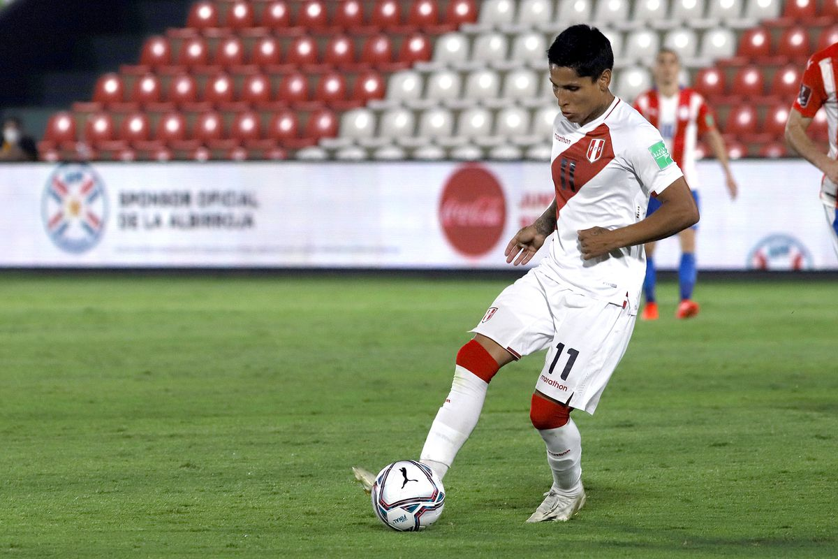 Paraguay v Peru - South American Qualifiers for Qatar 2022