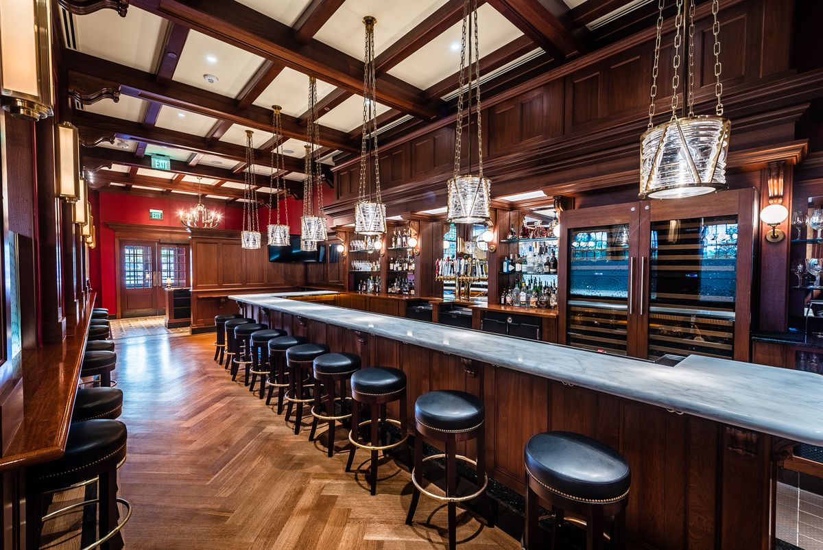 The bar at Randy's Prime Seafood & Steaks has a bigger selection of spirits than most GAR restaurants.