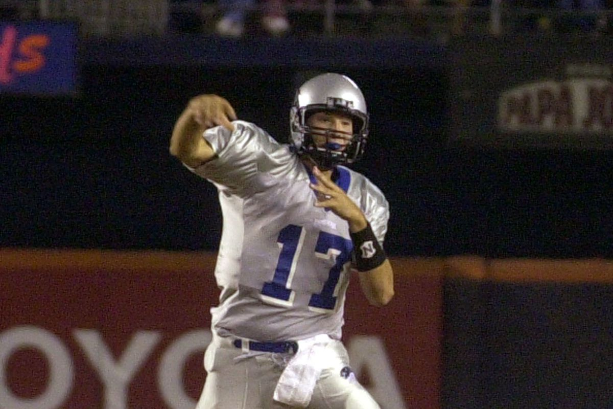 Former Eastern Illinois quarterback and current CBS NFL analyst Tony Romo will enter the College Football Hall of Fame.