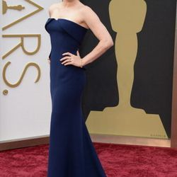 <em>American Hustle</em> best actress nominee Amy Adams wore a strapless, navy blue Gucci Couture gown, inspired by the vintage style of the film and honoring Kim Novak, which you can find at the Shops at Crystals.