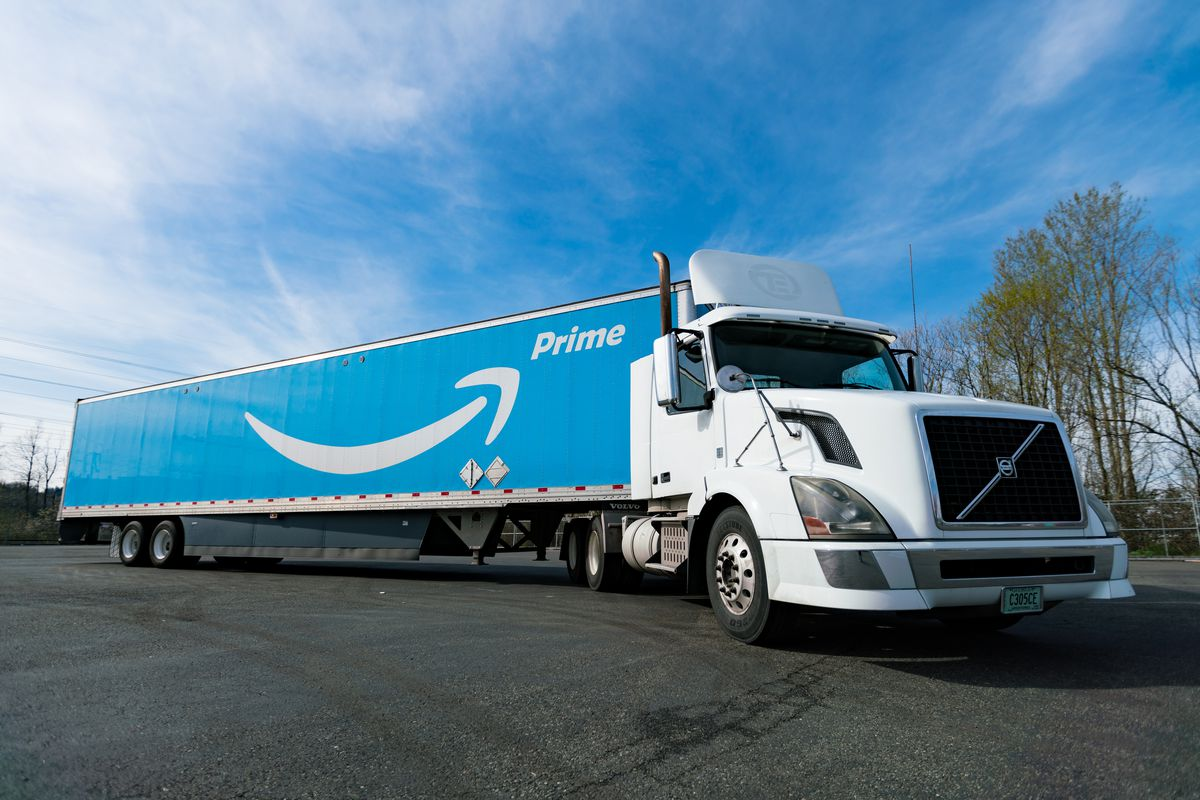 Image of freight truck with Amazon logo.
