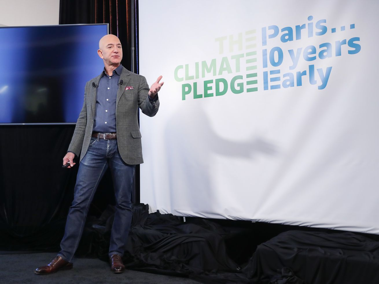 Amazon commits to 'Climate Pledge' and announces plan to fight climate change