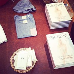 """Score your copy of <i>The Glow: An Inspiring Guide to Stylish Motherhood</i> at Jenni Kayne WeHo (614 N Almont Drive) or <a href=""""http://abramsbooks.com/Books/The_Glow-9781617690686.html""""target=""""_blank"""">online</a>."""