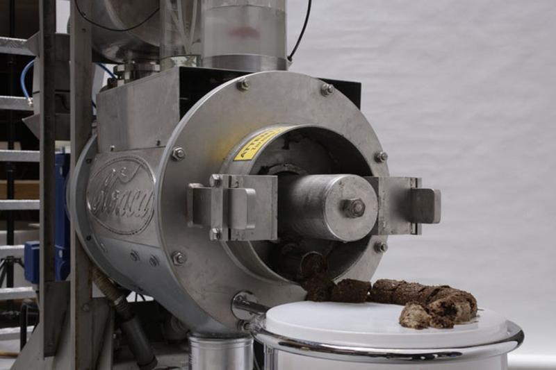 A close-up of Delvoye's cloaca machine.