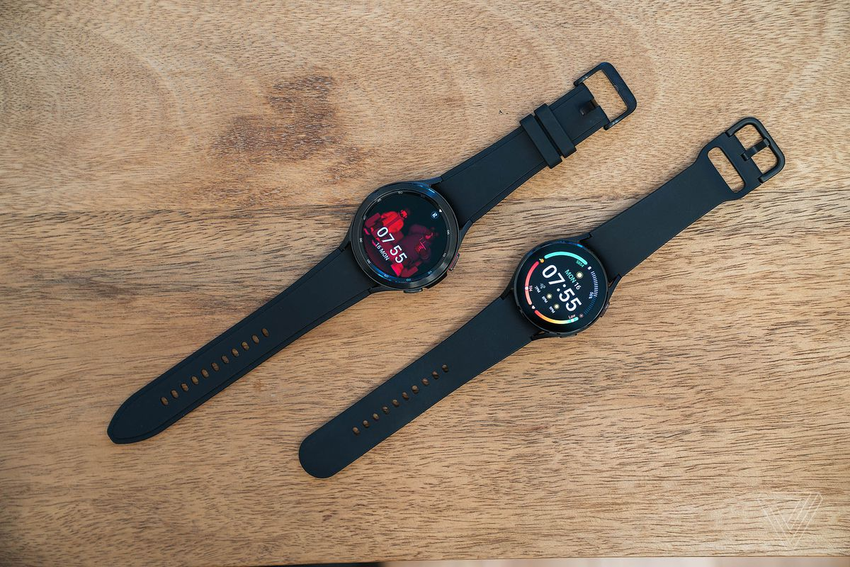 Galaxy Watch 4 Classic (top left) and Galaxy Watch 4 (bottom right)