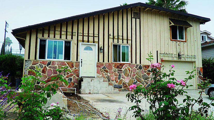 Curb Appeal Before: 1940s Craftsman Home In La Mesa, California