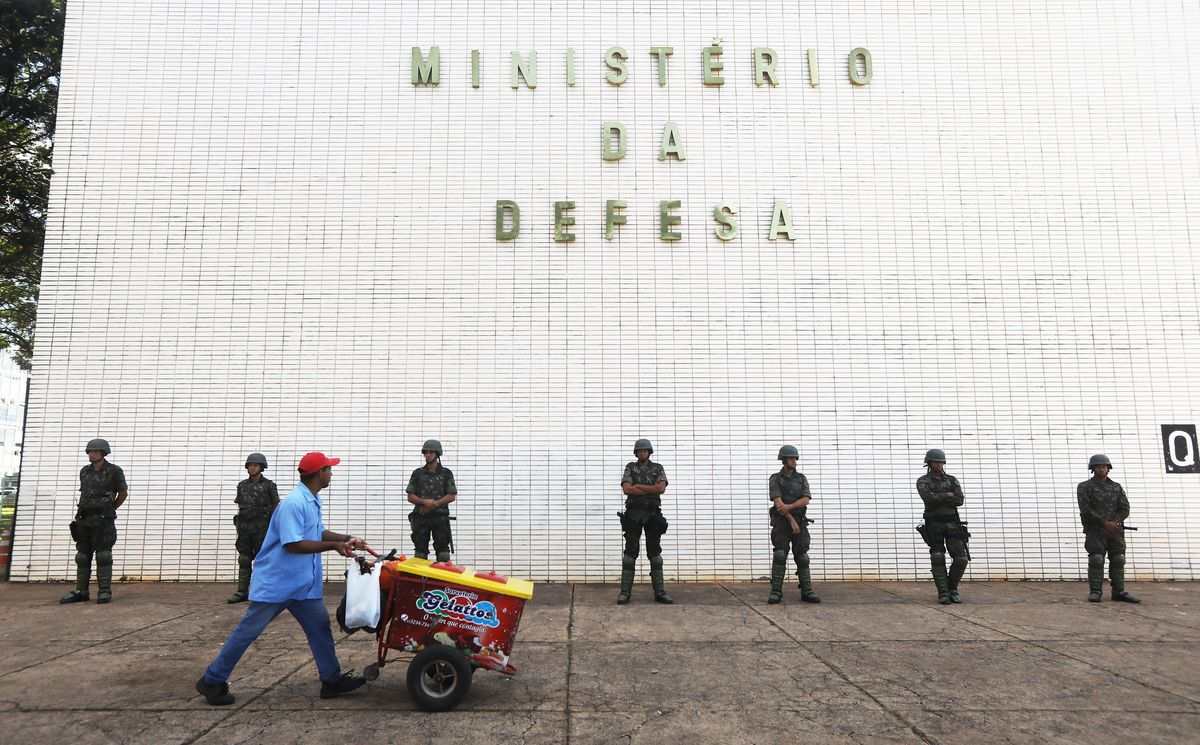 Brazilian President Temer Orders Troops To Guard Streets After Day Of Protests Amid Corruption Scandal