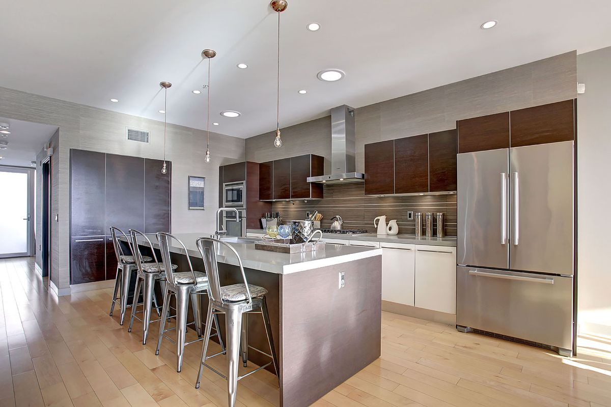 Kitchen Cabinets Culver City - 2 Bedroom Apartment For Rent In ...
