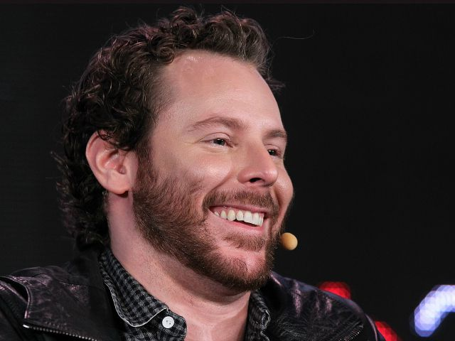 Sean Parker is bringing his failed video chat startup back from the ...