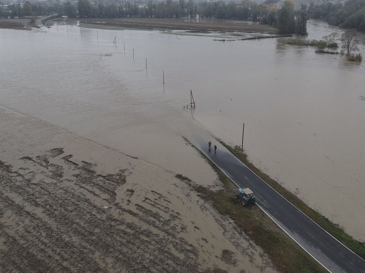Overview of the flood with the drone during the flooding of...
