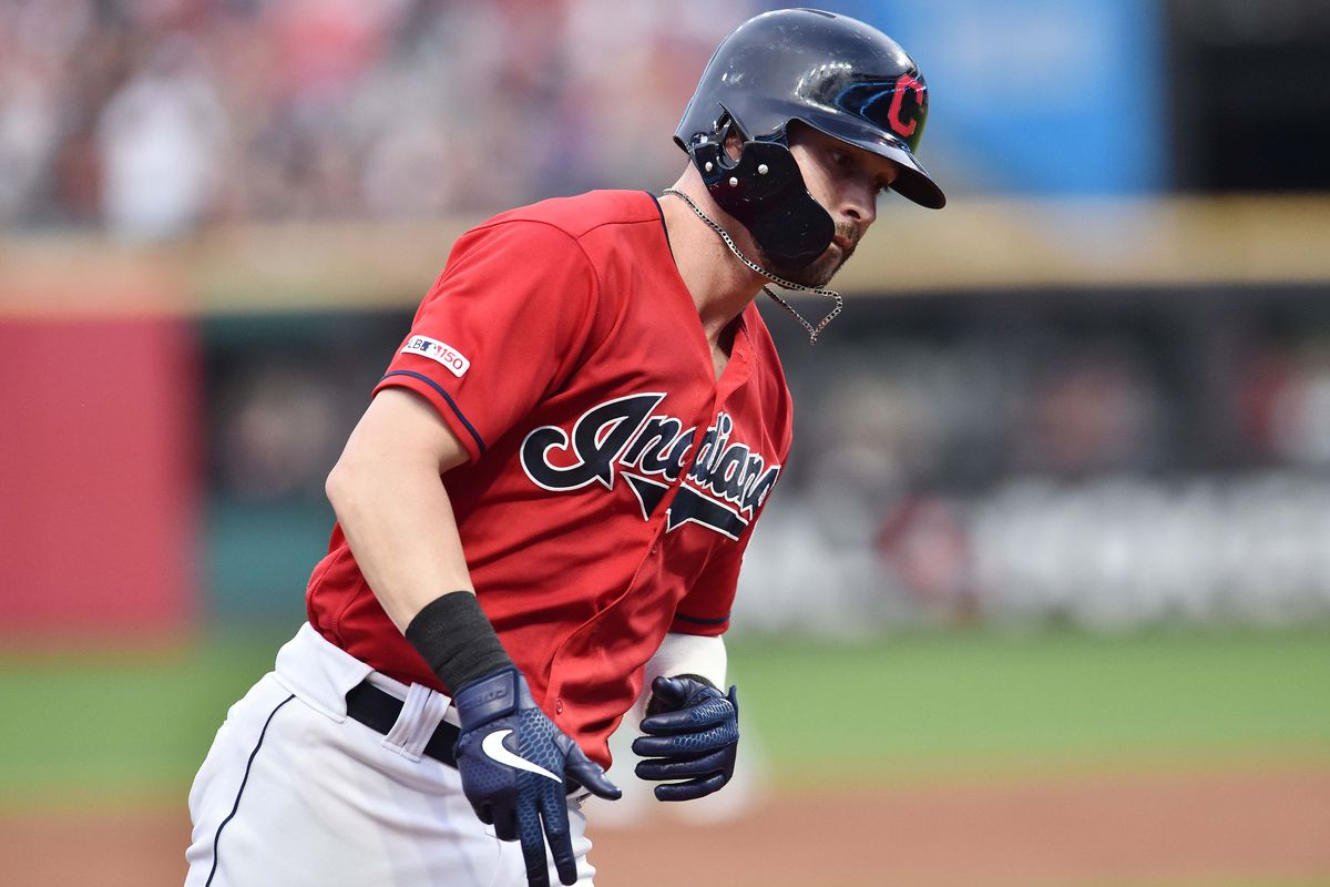 Indians end the Royals winning streak as they claim game one, 10-5