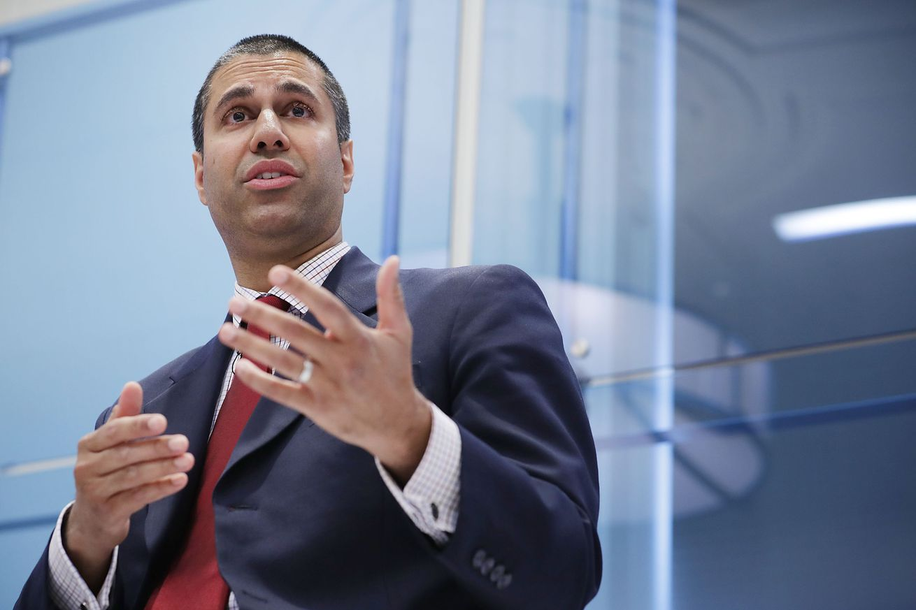 FCC extends net neutrality comment period by two weeks