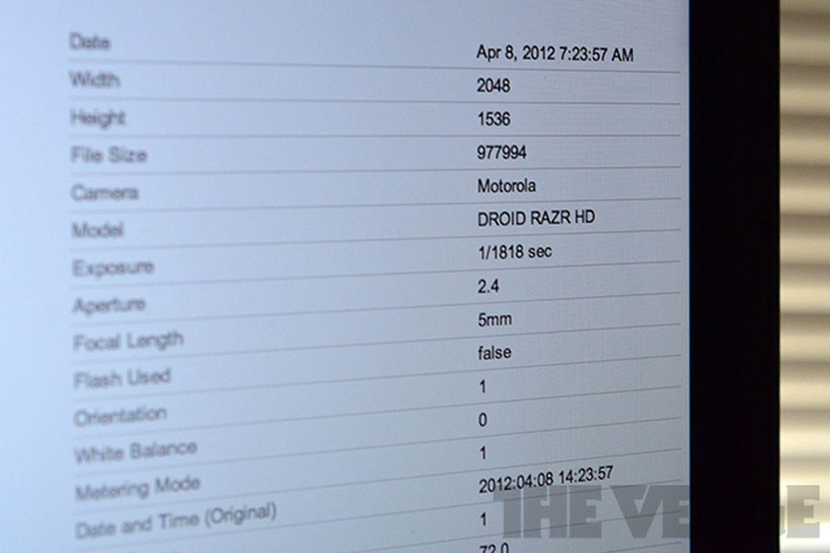 Droid RAZR HD EXIF data screen image
