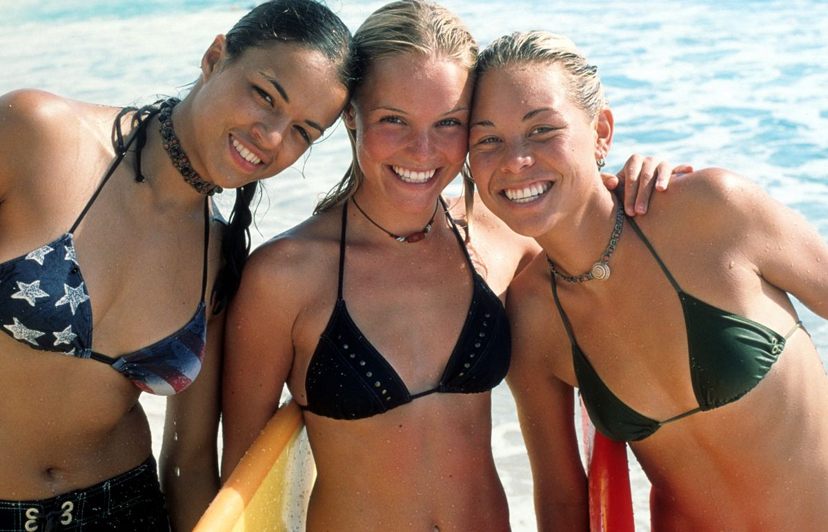 Michelle Rodriguez, Kate Bosworth, and Sanoe Lake in Blue Crush.