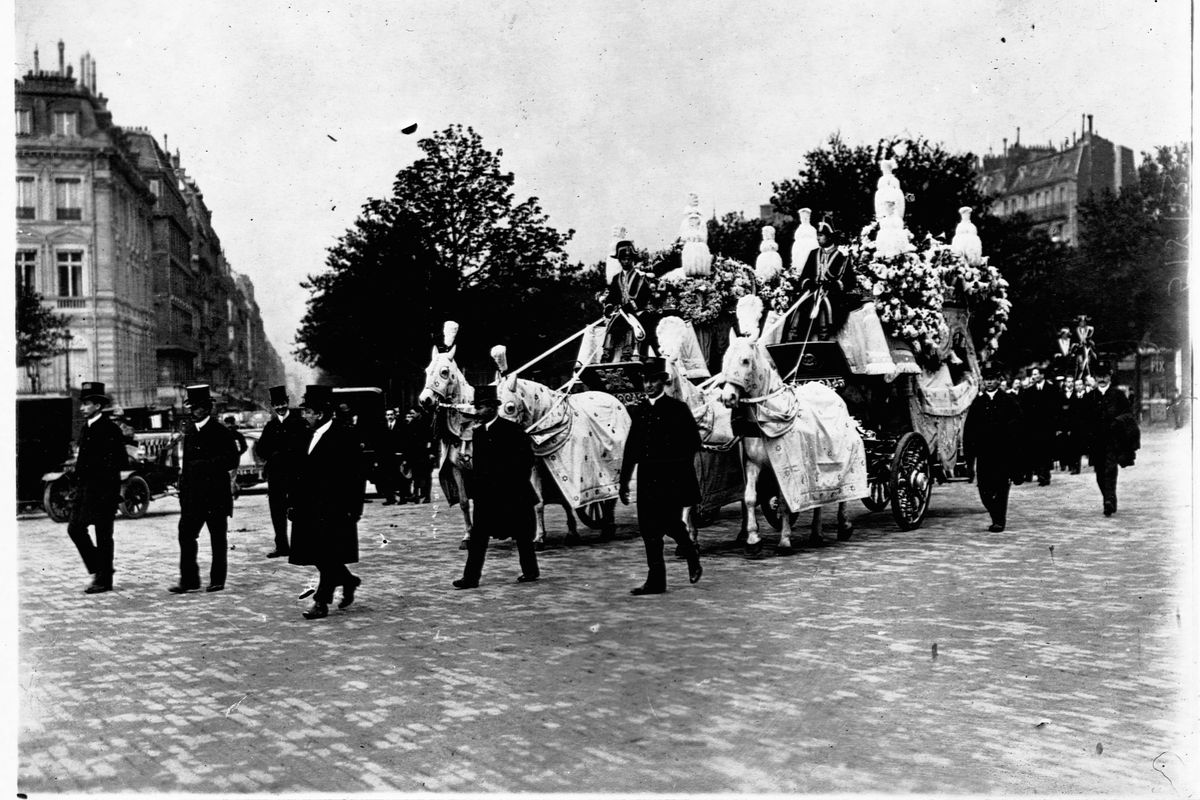 The Funeral Hearse For Isadora Duncan's Children