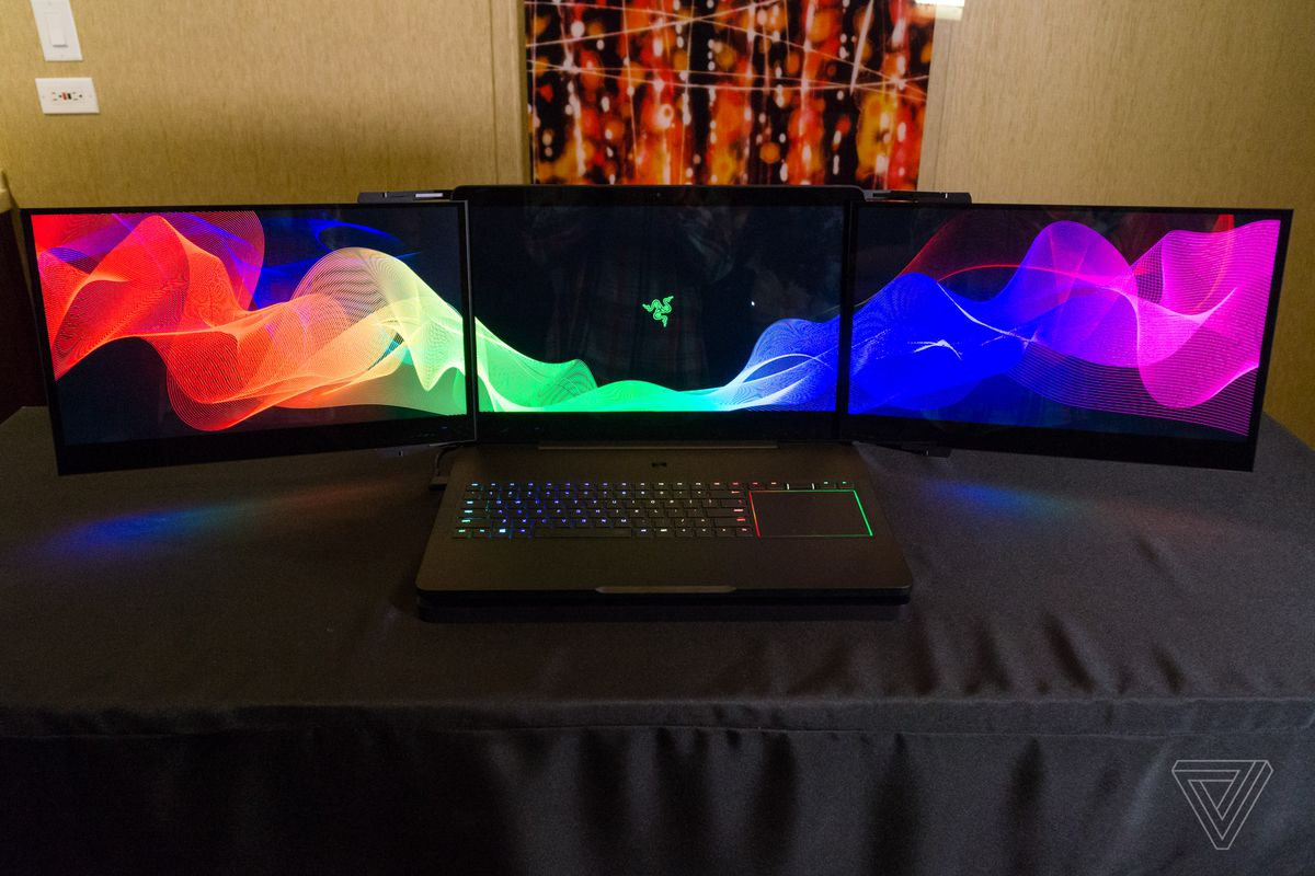 razer s gaming laptop prototype has three huge fold out. Black Bedroom Furniture Sets. Home Design Ideas
