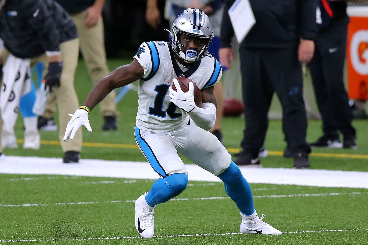 Curtis Samuel #10 of the Carolina Panthers runs with the ball against the New Orleans Saints during a game at the Mercedes-Benz Superdome on October 25, 2020 in New Orleans, Louisiana.
