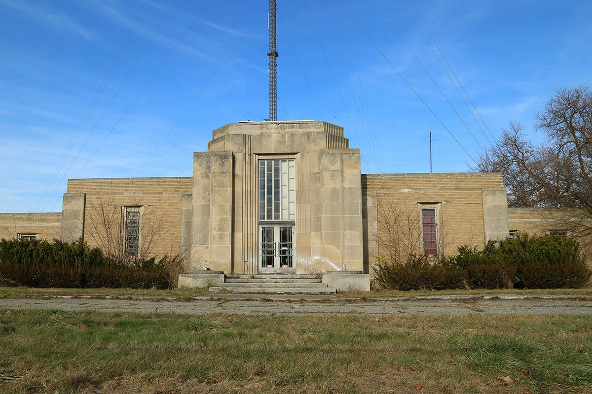 The WWJ Building was designed by architect Albert Kahn.
