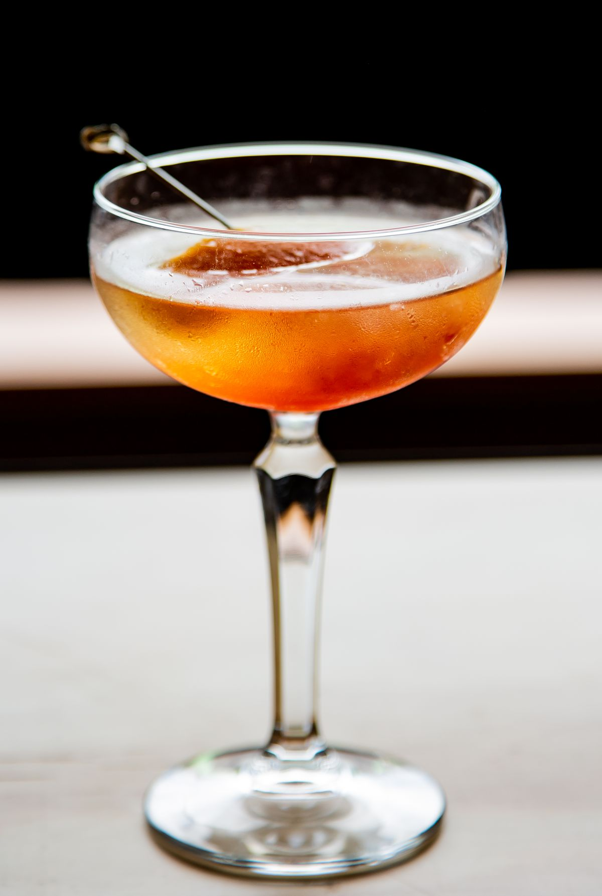 Poppertunities pairs sparkling wine with either an Aperol and grapefruit popsicle or a St. Germain and pineapple juice popsicle