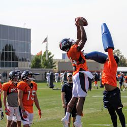 Broncos rookie WR Courtland Sutton goes up for a pass.