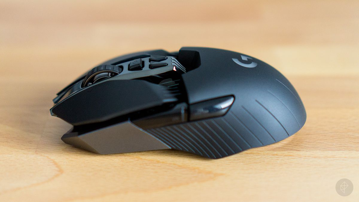 Logitech's G900 is meant to alleviate your concerns about wireless