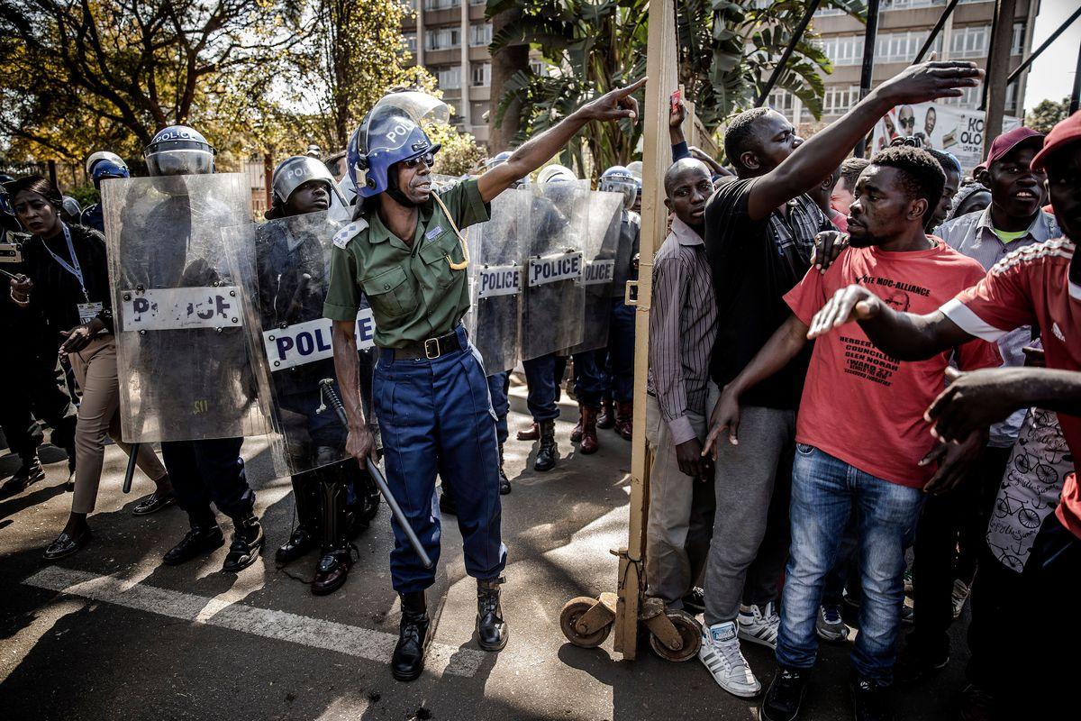 Protesters Shuts Down Zimbabwe