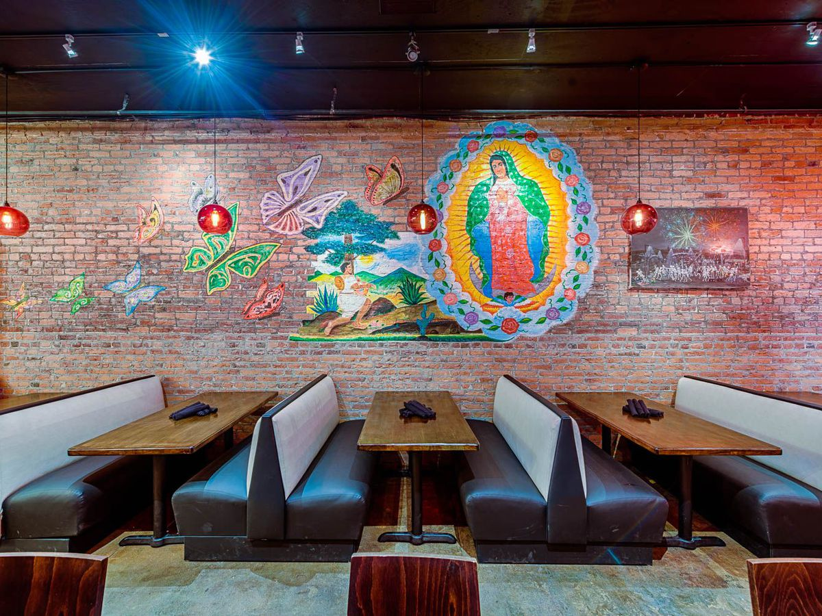 The dining room at Mezcalero