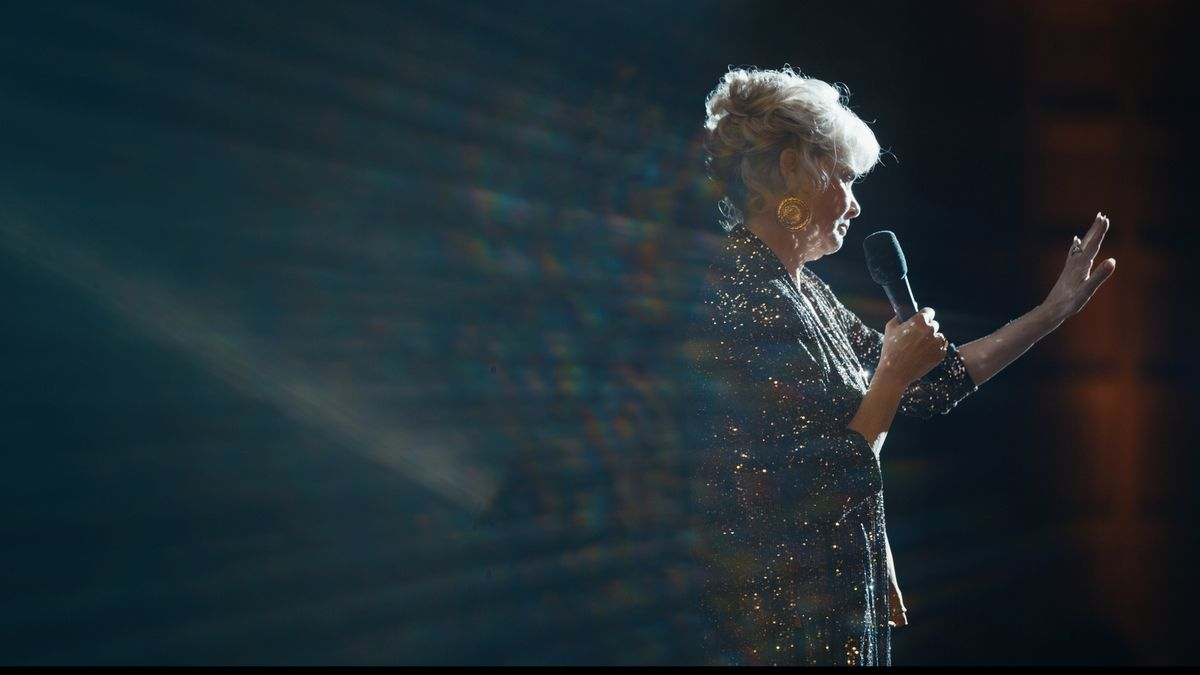 Jean Smart on stage as comedian Deborah Vance in HBO's Hacks