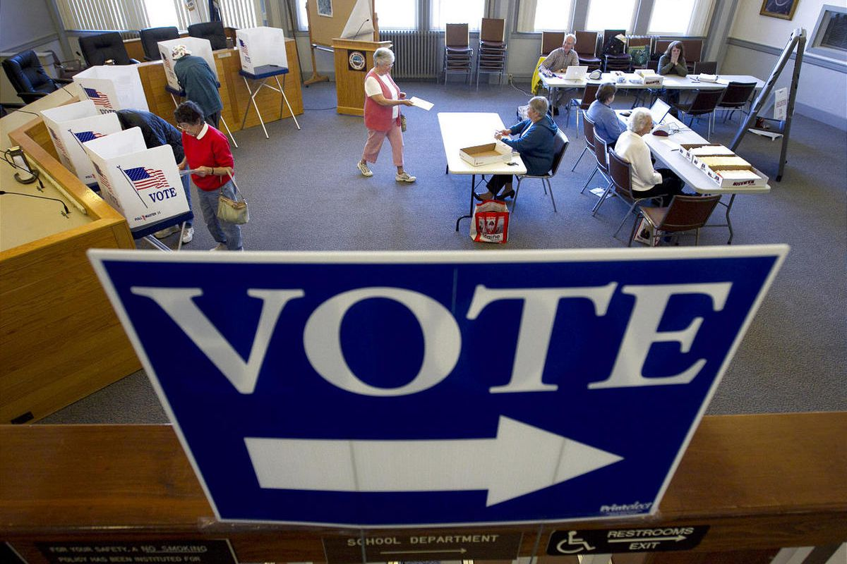 Utah is correct to both be at the front of online voting as well as cautiously study security of such balloting.