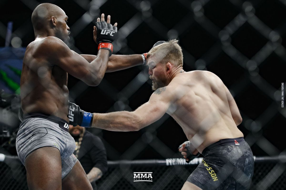 Jon Jones brushes off Dominick Reyes ...