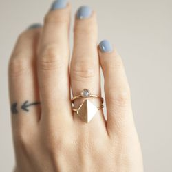 """<a href=""""http://www.lindsay-lewis.com/"""">Lindsay Lewis</a>. Jewelry that strikes the perfect balance between statement and subtle"""