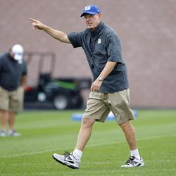 Tom Coughlin gives instructions. [Jim O'Connor-USA TODAY Sports]