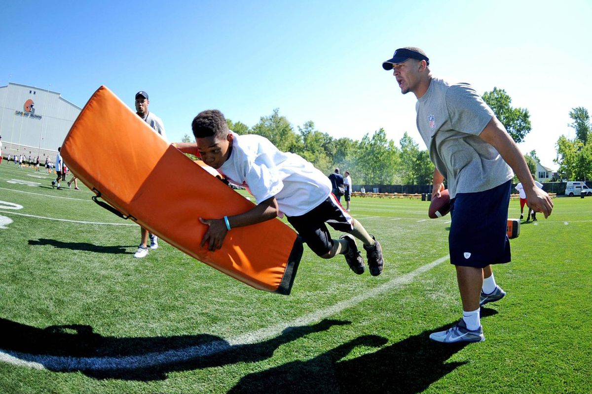 Let the internet tackle the tough stuff; sit back and stay on top of the latest Cowboys news like what rookie Tyrone Crawford is up to.