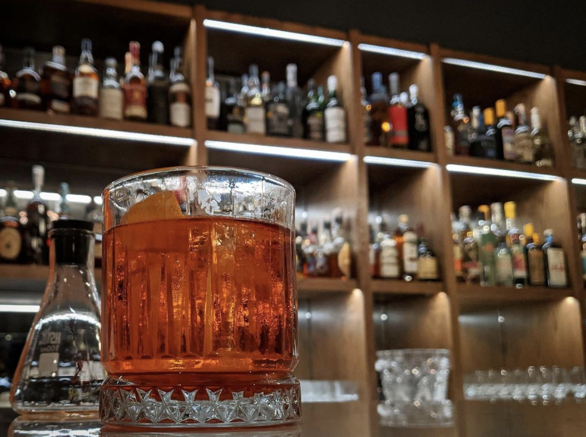 A Negroni sits on the bar at the Doctor's Office on Capitol Hill.