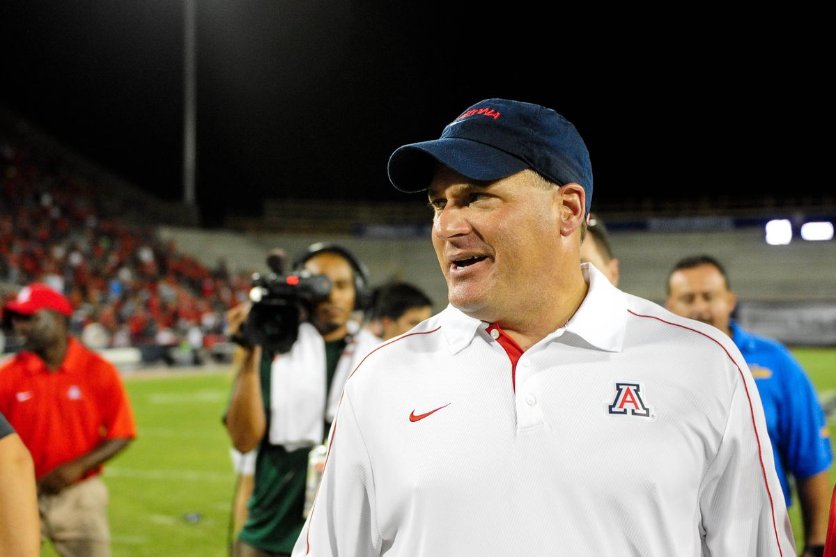 Arizona Wildcats Football and Basketball games will now be broadcast in Phoenix on Fox Sports 910 AM