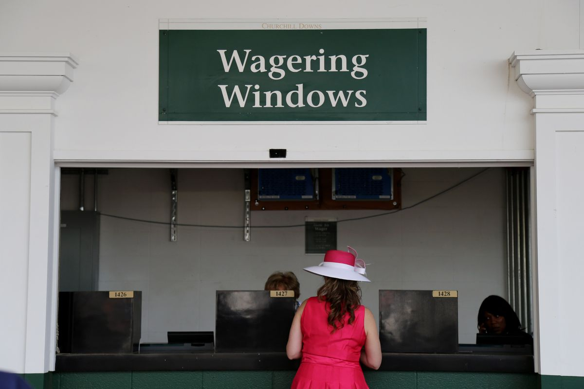 Kentucky Derby And Down The Stretch They Come