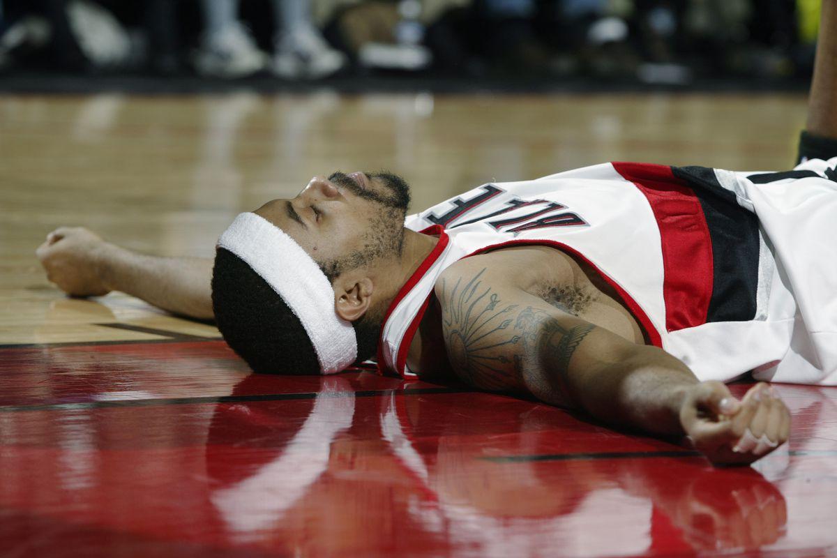 Rasheed Wallace lies on the floor