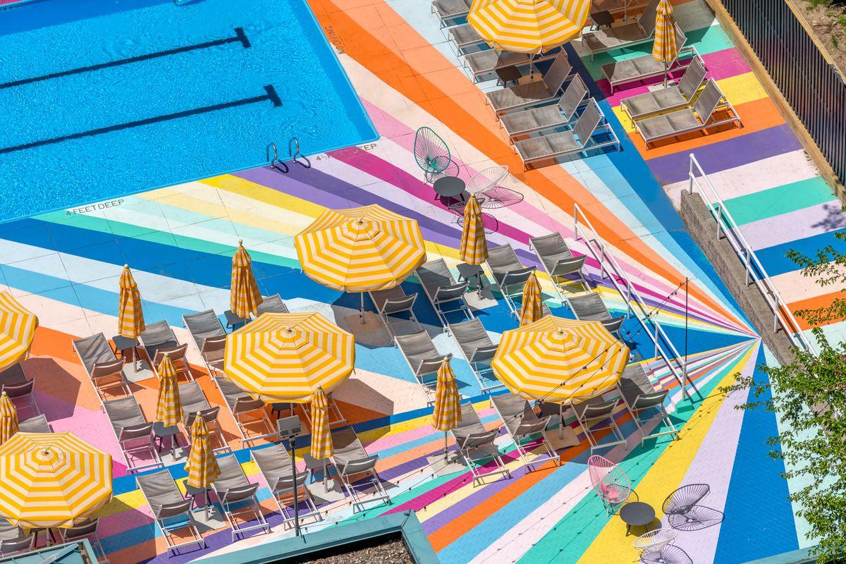 Manhattan_Park_Pool_4 Roosevelt Island's whimsical outdoor pool returns for summer