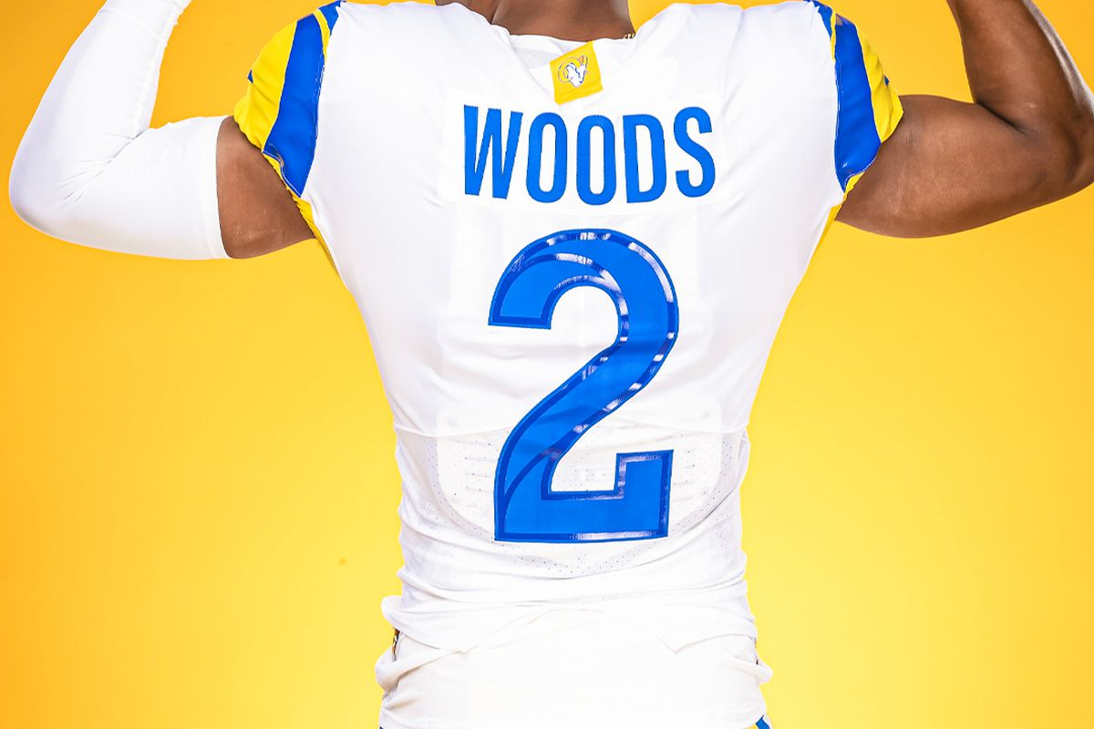 Rams unveil 'modern throwback' white uniforms - Turf Show Times