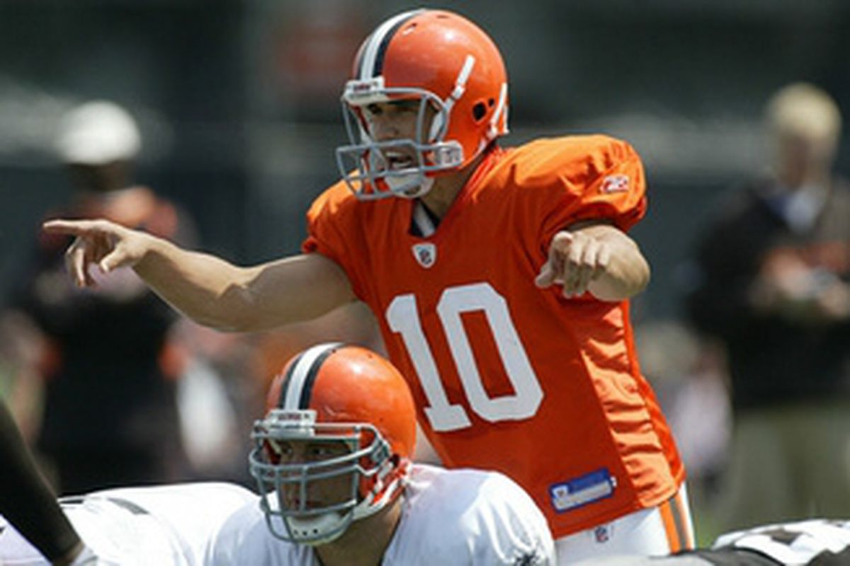 QB Brady Quinn tried to lead the Browns offense, but he and QB Derek Anderson struggled in drills again.