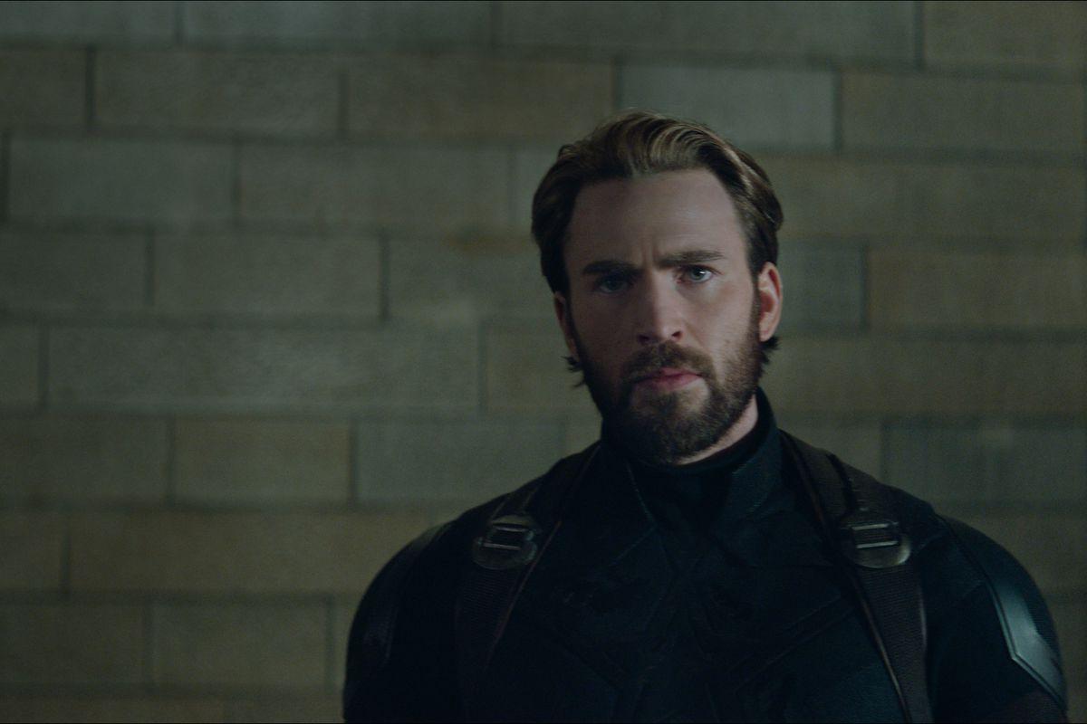 """Captain America/Steve Rogers (Chris Evans) in """"Avengers: Infinity War."""""""