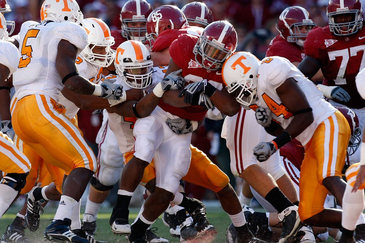 In 2009 the defense gave Tennessee a chance to win by slowing down Mark Ingram.