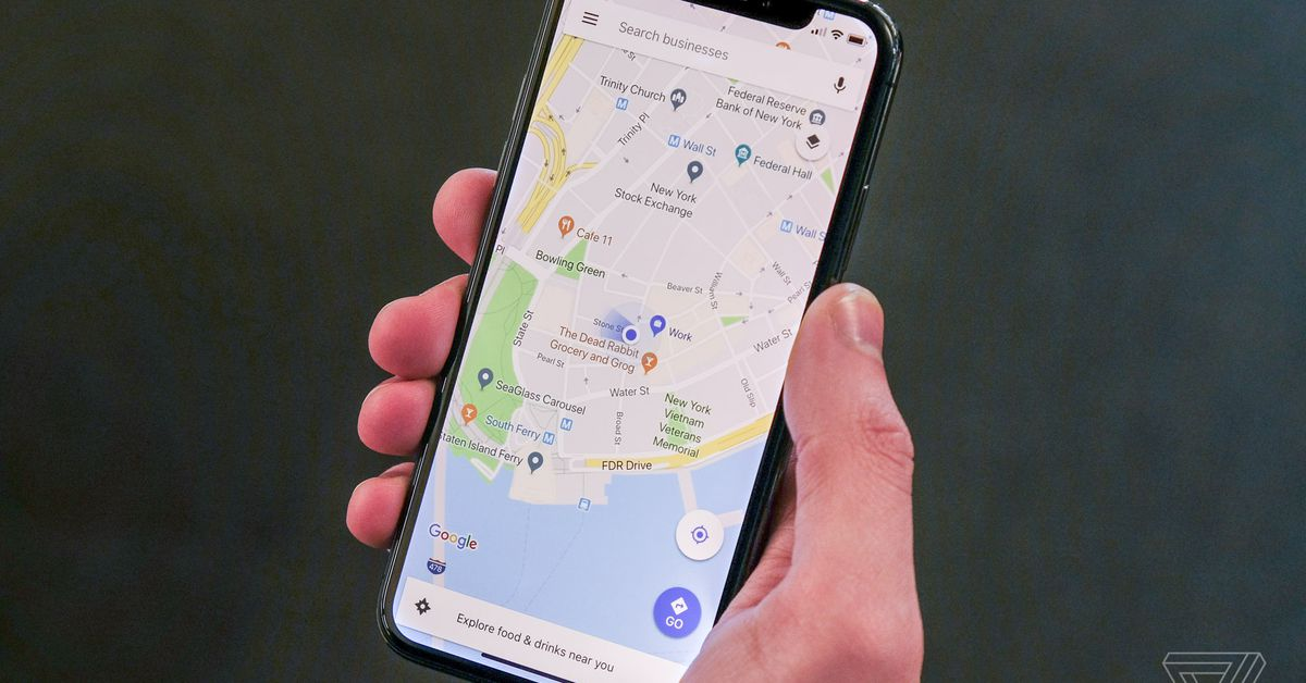 Google Maps will now alert you when it's time to get off the bus or subway