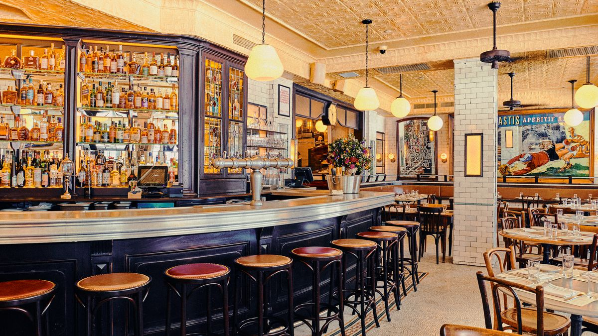 Inside The New Pastis The Romantic Nyc Restaurant Reopening