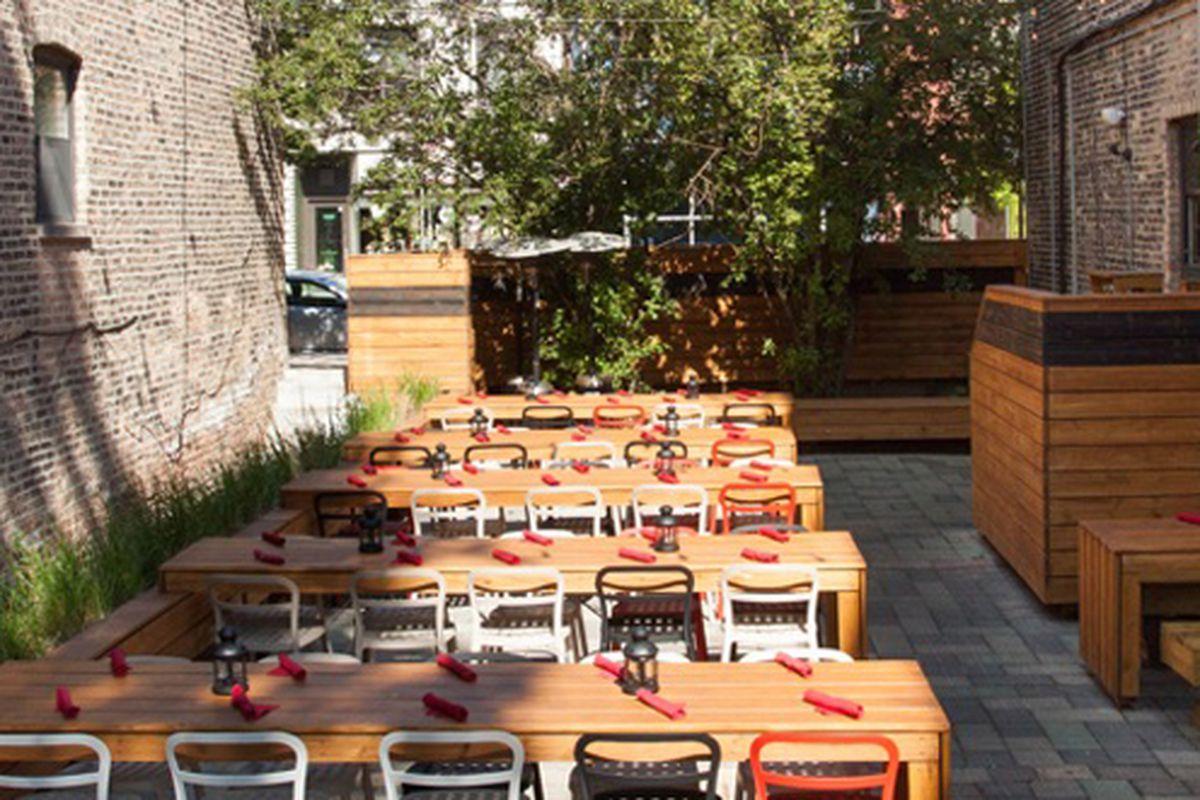"The patio at Red Door. Image via <a href=""http://chicago.grubstreet.com/2012/06/our_mega_super_massive_fathers.html"">Grub Street</a>."