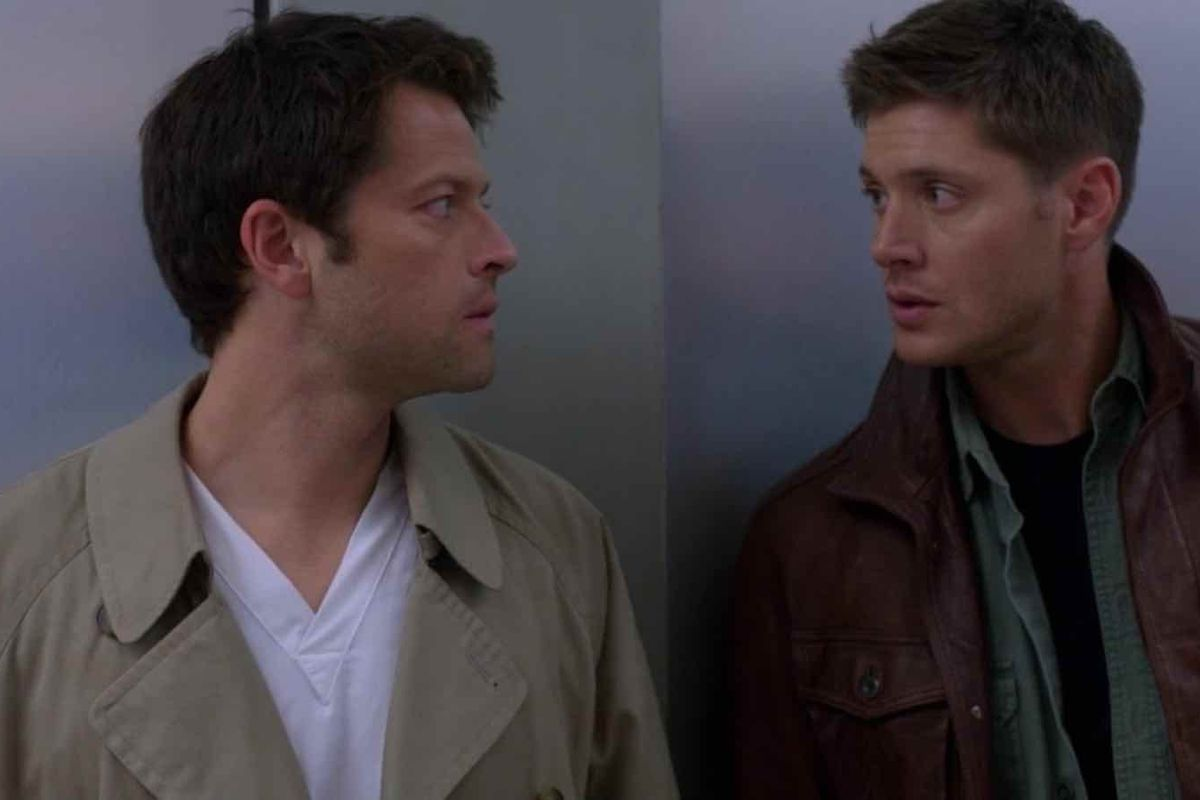 dean and cas staring into each other's eyes