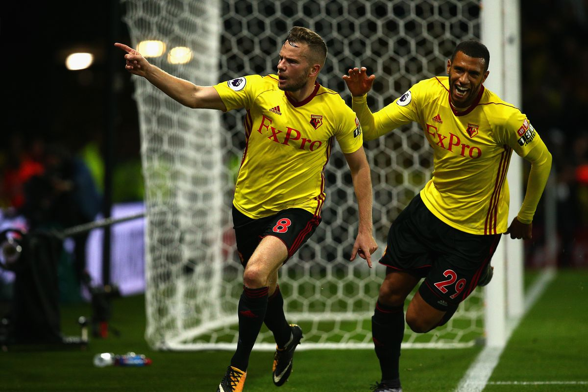 Ten-man Tottenham get a point at Watford